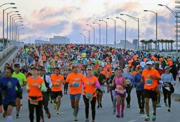 Destacada participación colombiana en la Maratón de Miami 2016