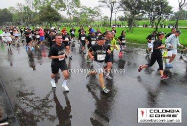 Más de 3000 atletas participaron en la Carrera de los Héroes en Bogotá