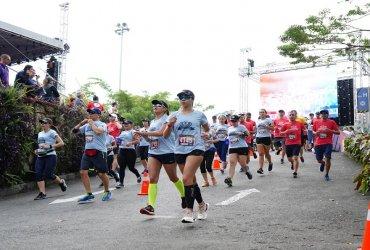 Miles de atletas disfrutaron la media maratón Corre Mi Tierra