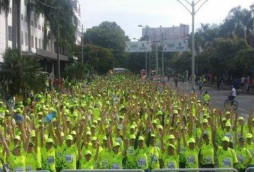 Cerca de tres mil adultos se gozaron los 5K de Correr es Vivir TENA
