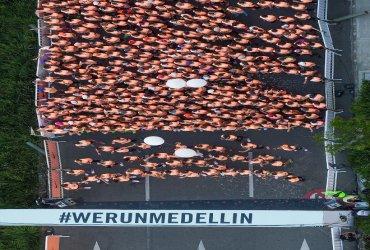 Se corrió la primera versión de She runs Medellin Nike 10k