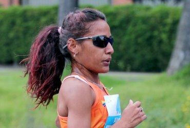 Kellys Arias este lunes en el Maratón de Boston