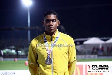 Bernardo Baloyes logra oro histórico en los 200 metros de los Juegos Centroamericanos