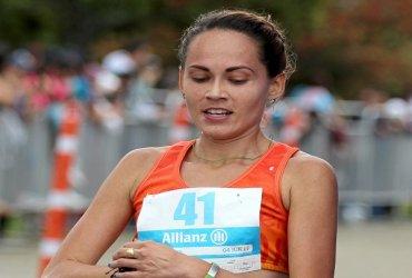Carolina Tabares, tercera en la media maratón de Coamo