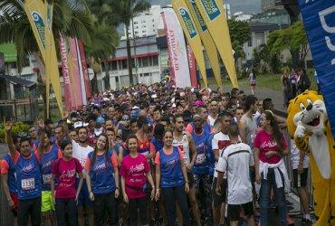 Pereiranos y visitantes corrieron por la vida en Antójate de Correr