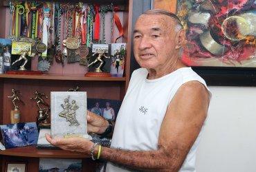 Atleta de 80 años correrá la maratón de Medellin el próximo mes de Septiembre
