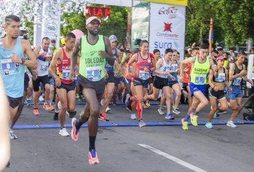 Sandra Rosas y William Rodríguez vencen en la Media Maratón de Cúcuta