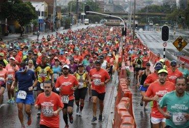 Programa de conferencias para los corredores inscritos en la Maratón de Medellin