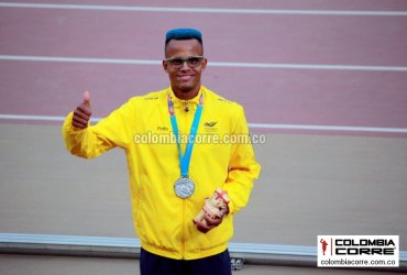 Carlos SanMartin gana medalla de plata en la final de los 3000 metros con obstáculos