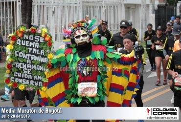 Personajes de la Media Maratón de Bogotá 2019