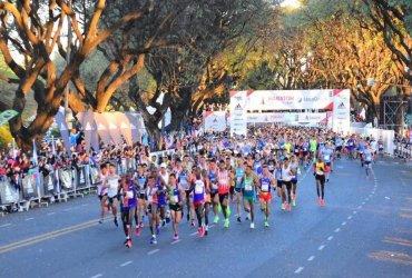 Kenia domina la maratón de Buenos Aires con nuevo récord
